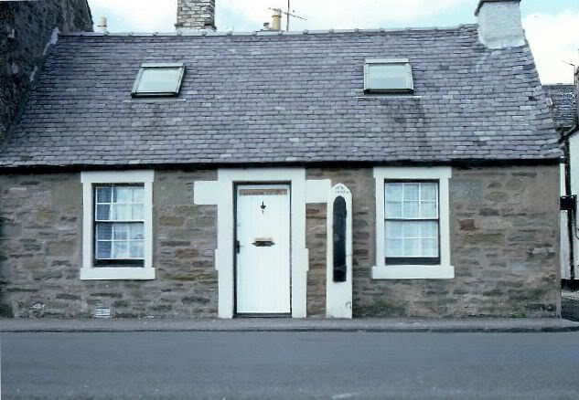 Barometer Cottage, Broughty Ferry, 2005